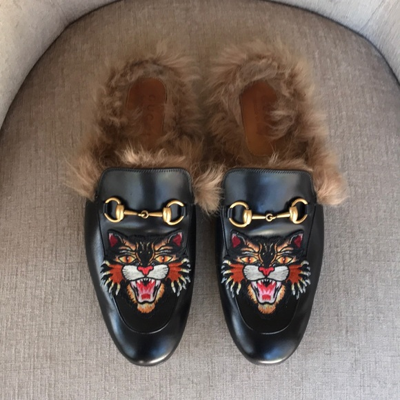 bb67cda9d Gucci Shoes | Black Leather Fur Princetown Tiger Loafers | Poshmark